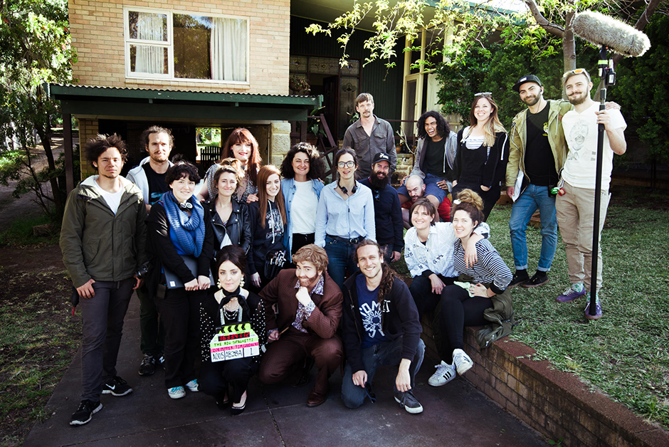 The cast and crew on the set of THE BIG SPAGHETTI © Zoe Pepper